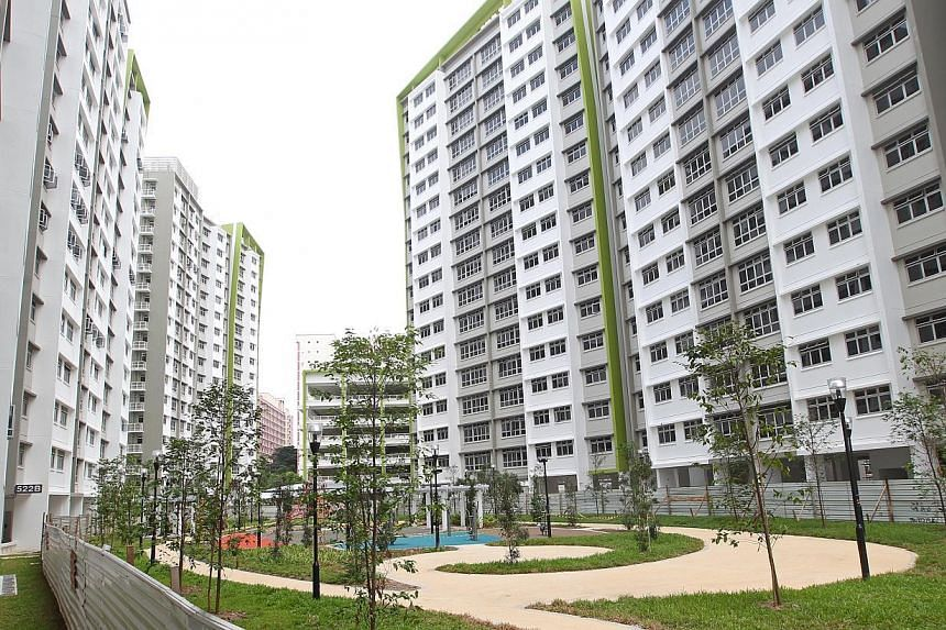 The newly-completed HDB BTO project Green Leaf at Tampines Central 7.New Housing Board flat prices are overestimated by the public, and the majority of prospective flat buyers are willing to pay more than the current average prices. -- ST PHOTO
