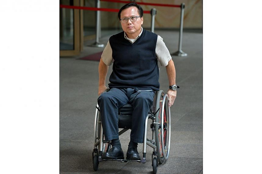 Mr Andrew Chua,who was paralysed from the waist down because of a slipped disc, lost his medical negligence suit on Tuesday against the hospital and the orthopaedic surgeon who operated on him.He now has to pay costs to the lawyers repres