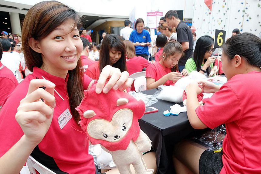National netballer Charmaine Soh at the launch of Make-a-Nila programme at Kallang Wave Mall on 29 November 2014. -- PHOTO: SPORT SINGAPORE