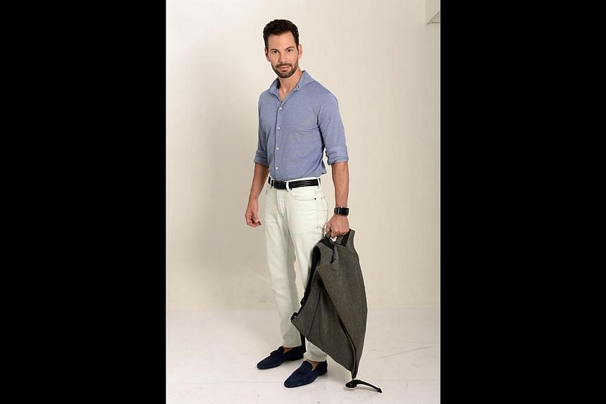 HIS BAG: Isn't this backpack from French brand Cote&Ciel cool? It's like a big sack.
