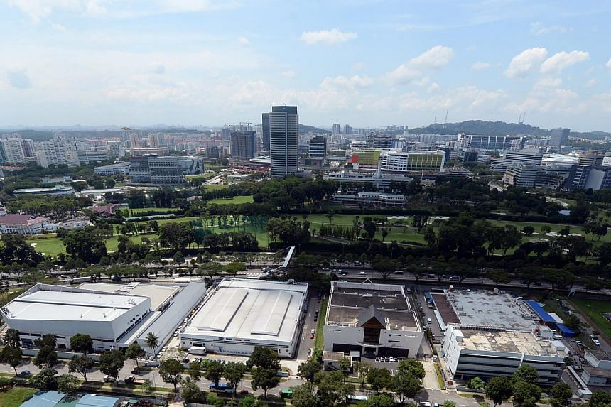 This picture taken from Teban Vista, shows the current Jurong Country Club's greens. Further behind it, when zooming in on the picture, is the Jurong East MRT station. The club's site will become the terminus for the future Singapore-Kuala Lumpur Hig