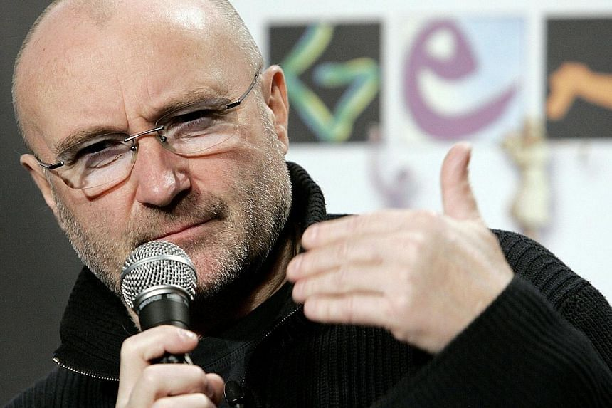 Phil Collins of the British rock group Genesis announces the during a press conference in New York in 2007. -- PHOTO: AFP