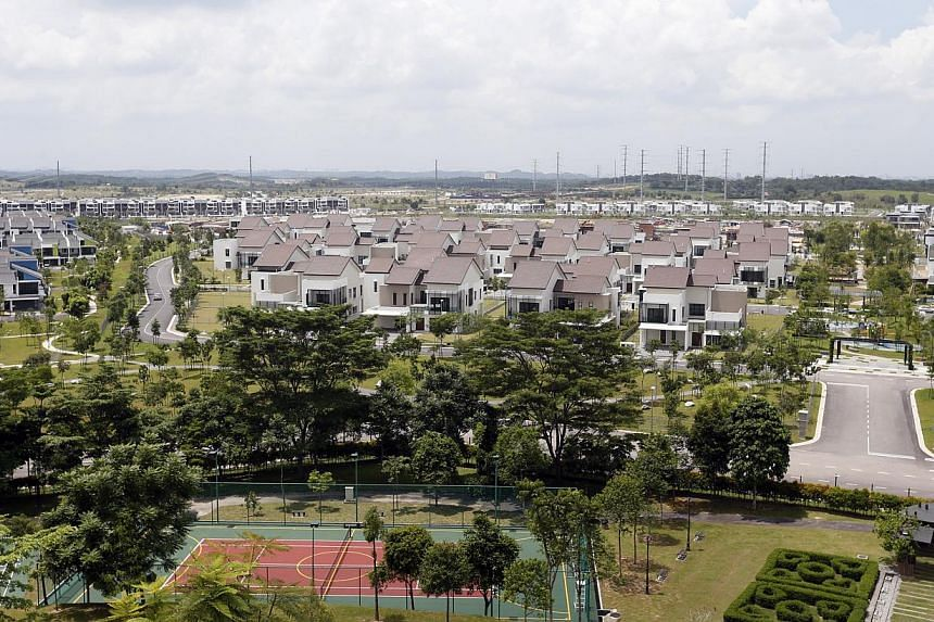 Private properties in Nusajaya, Iskandar. The huge number of residential units coming up in Johor, particularly in Iskandar, has raised the concern of the Singapore Government. -- ST PHOTO: KEVIN LIM