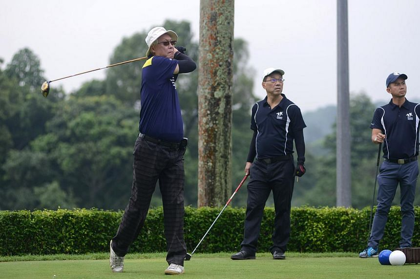 The SCS 1000 Enterprises for Children-in-Need Charity Golf event began with guest-of-honour Emeritus Senior Minister Goh Chok Tong teeing off at 1.15pm. -- PHOTO: SINGAPORE CHILDREN'S SOCIETY