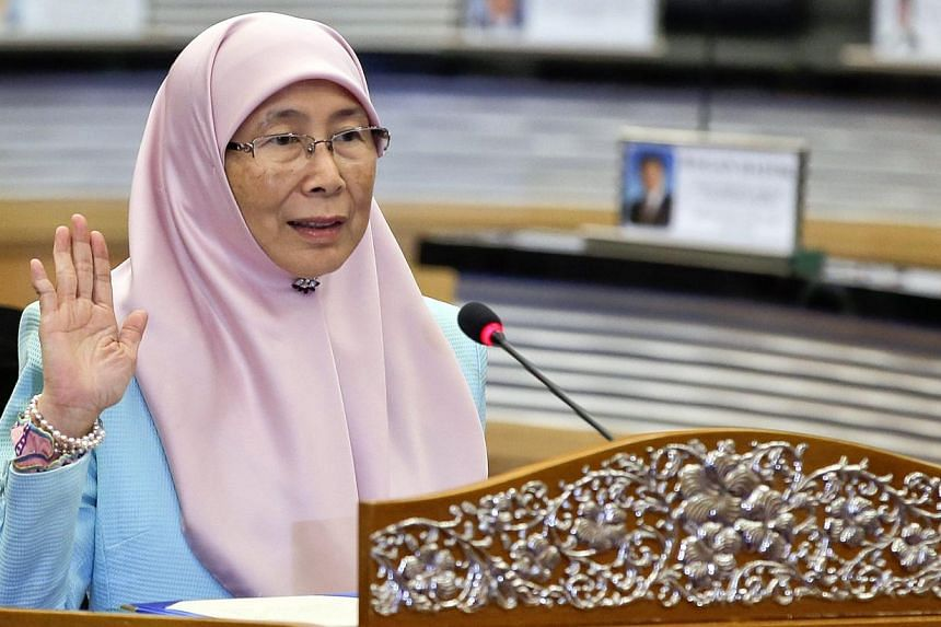 Newly appointed opposition leader Wan Azizah Wan Ismail (above) has pledged to to revive Malaysia's Pakatan Rakyat (PR) shadow cabinet during a press conference in Parliament on May 18, 2015. -- PHOTO: EPA