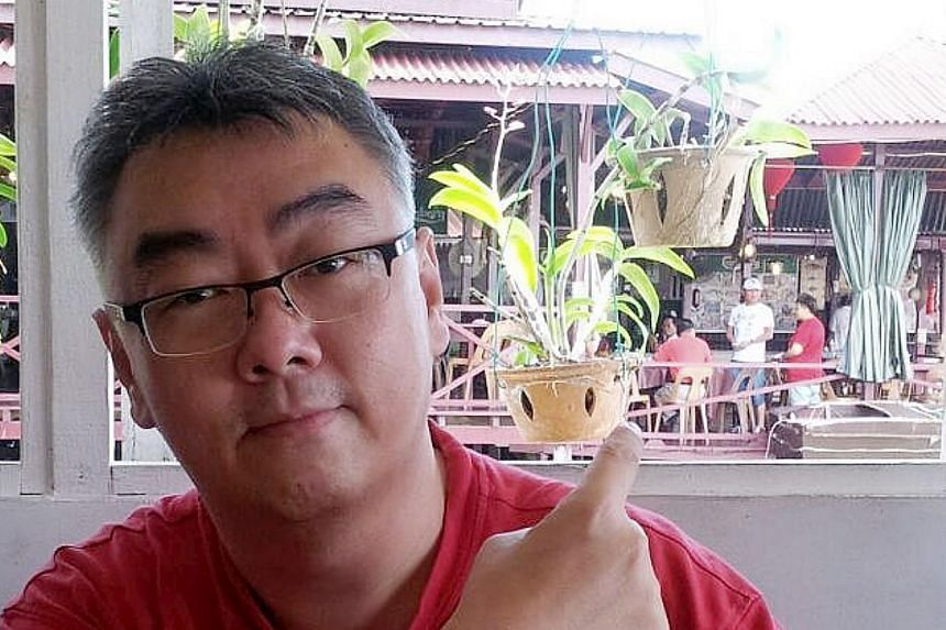 Malaysian Bernard Then, a Sarawakian electrical consultant working in Cambodia, was abducted by gunmen believed to be linked to the Abu Sayyaf militant group. The gunmen stormed into the Ocean King Seafood Restaurant, a seaside restaurant near Sandak