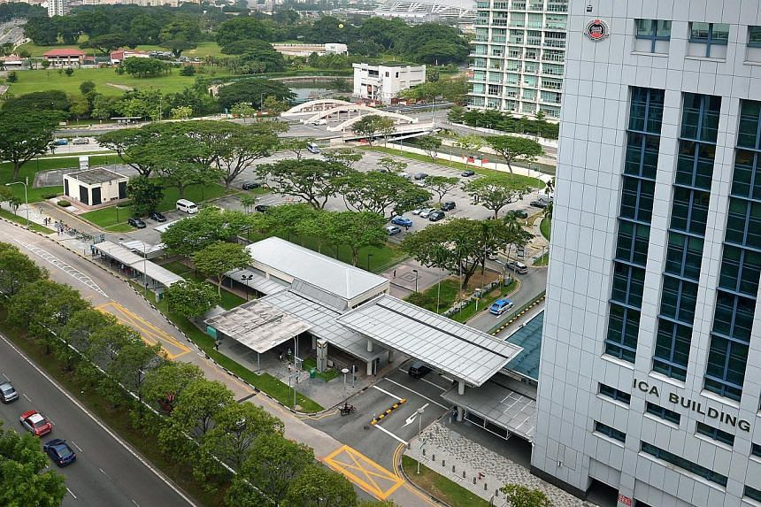 The Immigration and Checkpoints Authority is looking to more than double the size of its Kallang Road headquarters. It is proposing to erect a new building on the current site of an adjacent carpark by early 2021. -- ST PHOTO: KUA CHEE SIONG