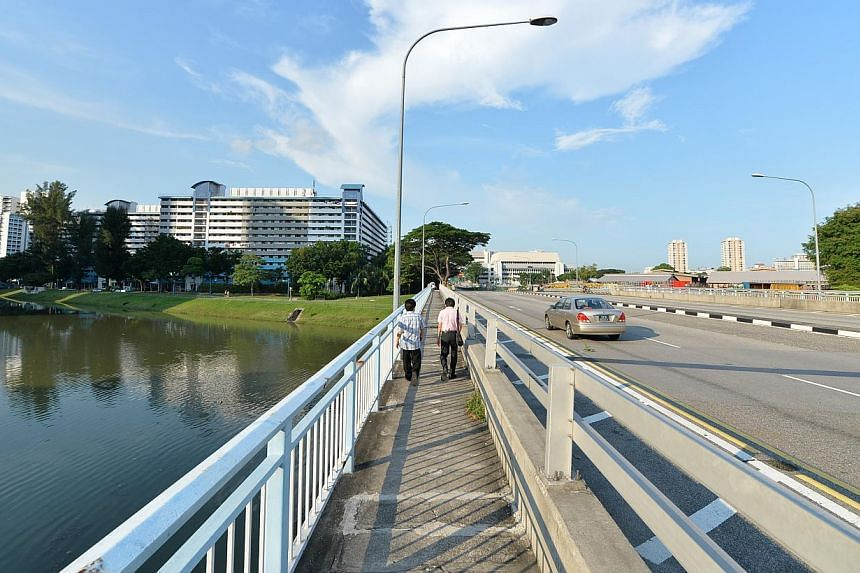 The scene of the alleged rape along Kallang Bahru Road on May 4, 2013. -- PHOTO: THE NEW PAPER