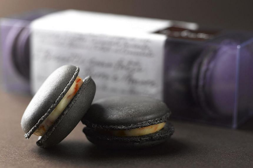 Dolcetto's savoury squid ink macarons. -- PHOTO: REGENT SINGAPORE