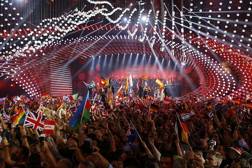 A general view shows the stage with participants during the opening ceremony of the final of the 60th annual Eurovision Song Contest in Vienna, Austria on May 23, 2015. -- PHOTO: REUTERS