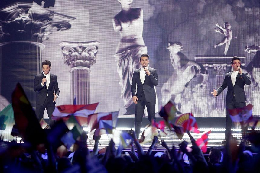 (From left) Gianluca Ginoble, Ignazio Boschetto and Piero Barone of Il Volo of Italy perform during the Grand Final of the 60th annual Eurovision Song Contest (ESC) at the Wiener Stadthalle in Vienna, Austria, on May 23, 2015. -- PHOTO: EPA