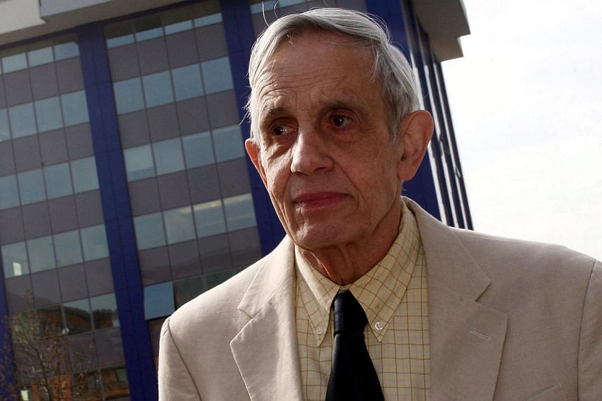 A file picture dated March 18, 2008, of Nobel Laureate, US mathematician John Nash attending a Meeting For Extraordinary Minds in Brescia, Italy. His life story was the basis for the Hollywood film A Beautiful Mind. -- PHOTO: EPA