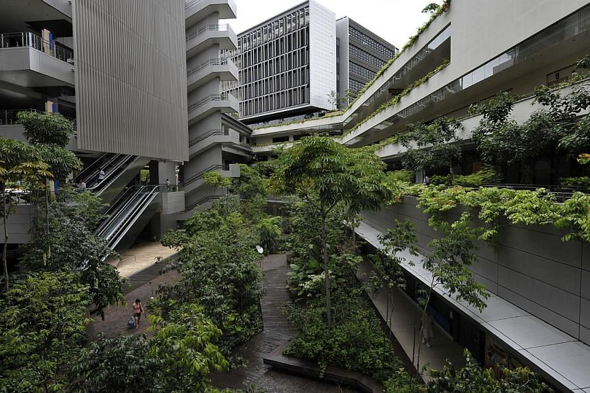 Hospitals and polyclinics continue to please, with nearly 8 in 10 of patients giving the thumbs up to good service at healthcare institutions last year. Khoo Teck Puat Hospital topped in the hospital category with 86 per cent of patients happy with s