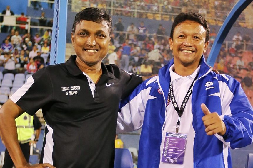 LionsXII coach Fandi Ahmad (right) and Tampines Rovers tactician V. Sundramoorthy will assist Stange in the dugout during the friendlies and qualifying matches. It will be their first time in the Lions' dugout together.-- PHOTO: THE NEW PAPER F