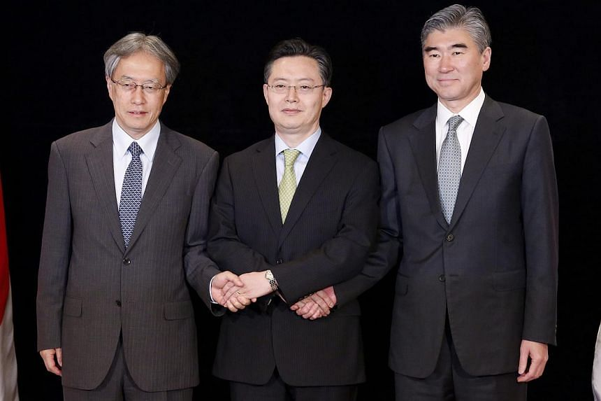 (From left to right) Japanese Foreign Ministry's Asian and Oceanian Affairs Bureau head Junichi Ihara, South Korean Special Representative for Korean Peninsula Peace and Security Affairs, Hwang Joon-Kook and USA's Special Representative for North Kor