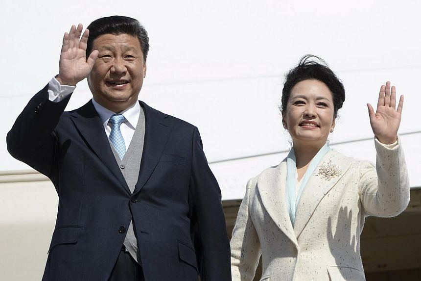 Chinese President Xi Jinping and his wife will be making a state visit to Britain in October, said Britain's Queen Elizabeth II on Wednesday, May 27, 2015. -- PHOTO: REUTERS