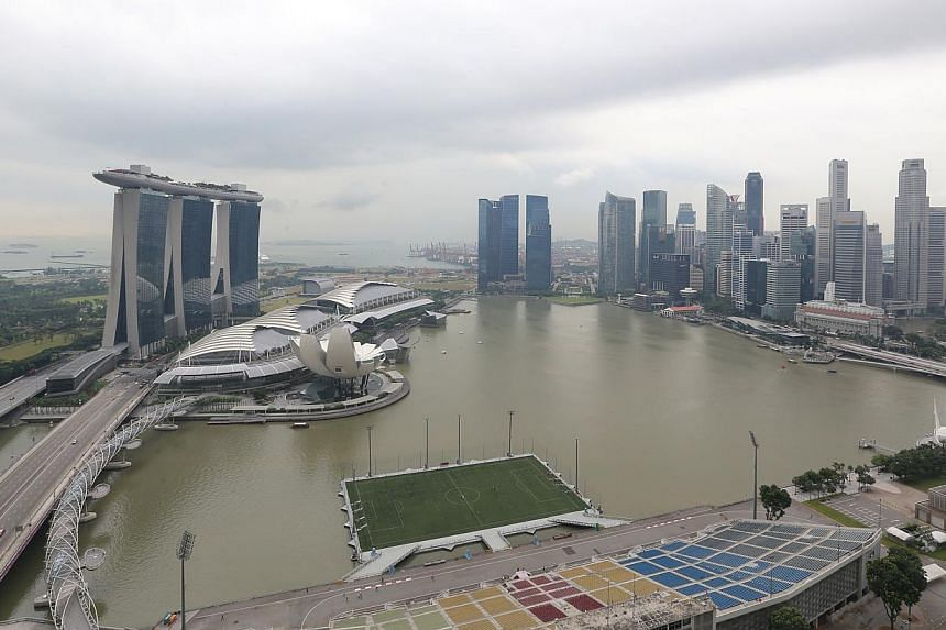 The SEA Games torch will be paraded through several iconic spots in the Marina Bay area on a 2.5km route on June 4, a day before the cauldron is lit at the opening ceremony to signal the start of the event. -- ST PHOTO: ONG WEE JIN