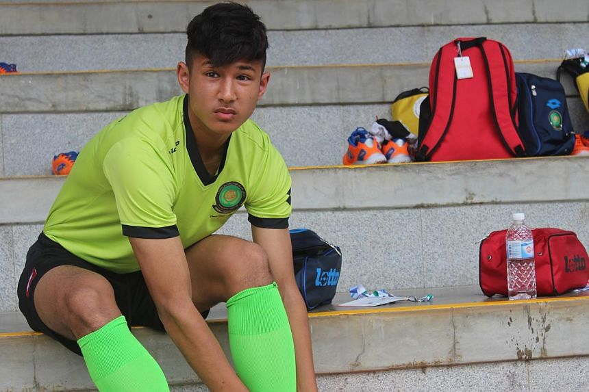 Faiq Bolkiah, the captain of Brunei's SEA Games team, intends to rely on his speed and dribbling in today's Group B opener against Vietnam at Bishan Stadium. The prince is a member of Chelsea's Under-18 squad.