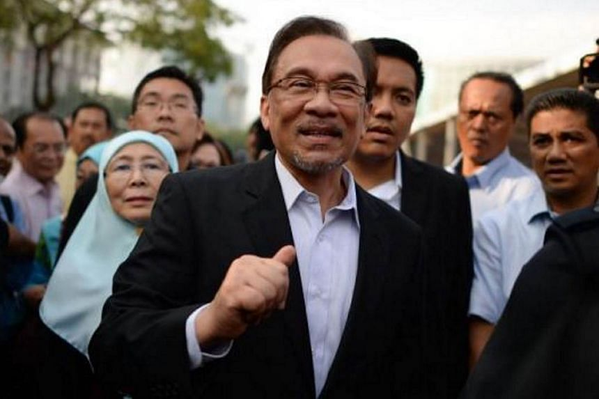Anwar is suing Senator Datuk Seri S. Nallakaruppan, Utusan Melayu (Malaysia) Bhd and its editor-in-chief, Datuk Abdul Aziz Ishak over a 2012 article published in Utusan Malaysia that claimed Anwar was unfit to lead the opposition coalition and a bise