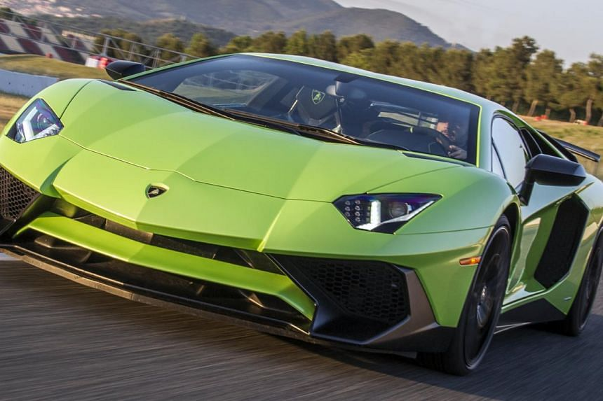Lamborghini Aventador Sv Gets Decked Out In Aerodynamic Aids