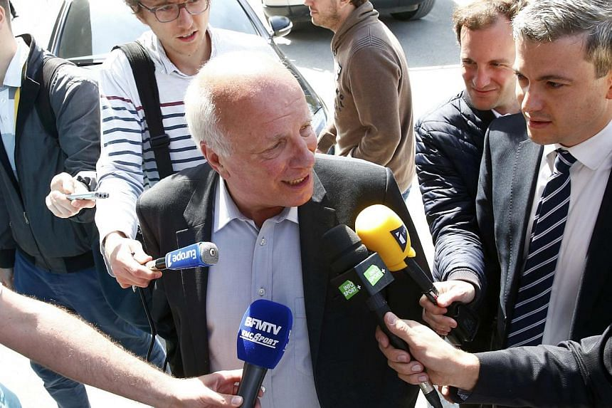 British Football Association chairman Greg Dyke (centre) arrives for a meeting of the UEFA in Zurich, Switzerland, on May 28, 2015. -- PHOTO: REUTERS