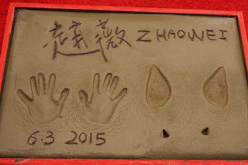 Chinese actress Zhao Wei's prints at the TCL Chinese Theatre in Hollywood, California, on June 3, 2015.-- PHOTO: EPA