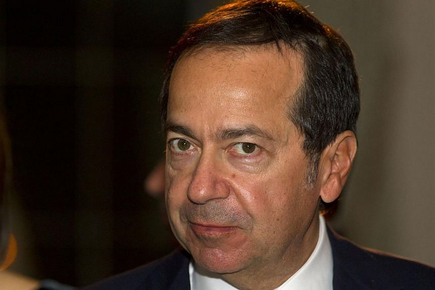 Harvard University, which has educated many of the world's wealthiest investors, is now getting its biggest single gift from one them: a $400 million (S$537 million) donation from Wall Street hedge fund mogul John Paulson. -- PHOTO: BLOOMBERG