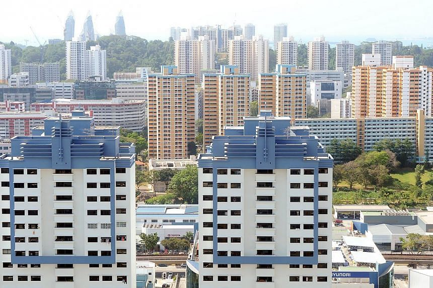 Signs of a stabilising resale Housing Board flat market are emerging after the latest data showed that resale prices have remained flat. -- ST PHOTO: TIFFANY GOH