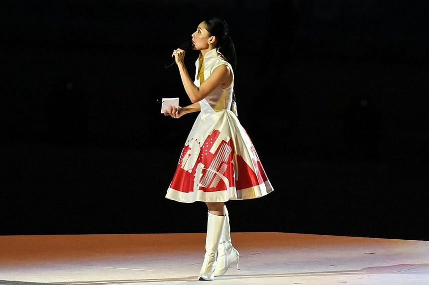Former MediaCorp actress Sharon Au has apologised for her attempt at mimicking an Indian accent during Friday night's SEA Games opening ceremony pre-show at the National Stadium. -- PHOTO: AFP