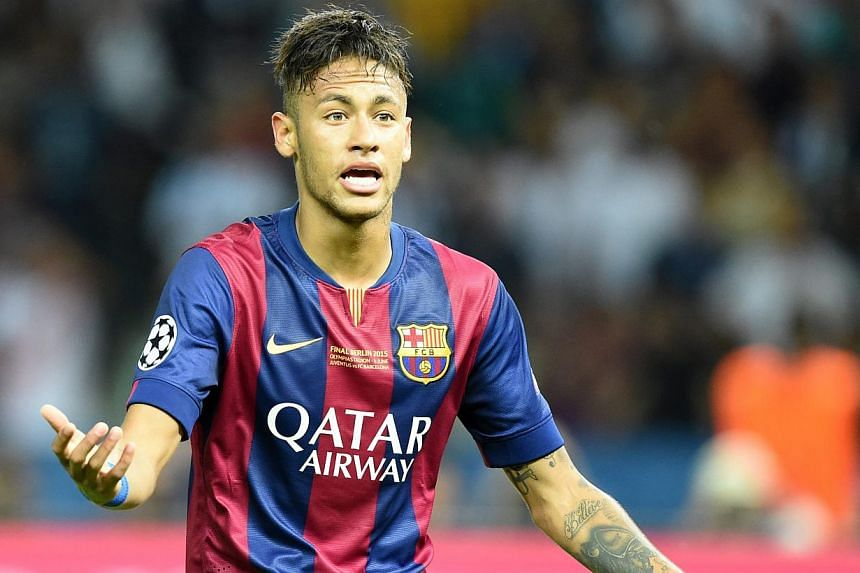 Brazilian superstar Neymar is under investigation by Brazilian tax authorities as the ramifications from his move from Santos to Barcelona two years ago deepen, according to Brazilian news magazine Epoca, citing finance ministry documentation. -- PHO