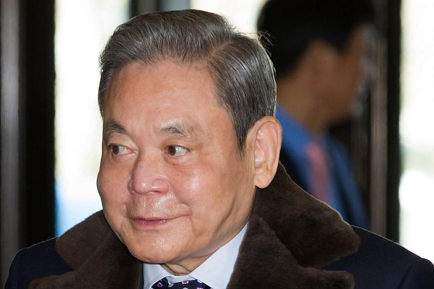 Samsung Electronics chairman Lee Kun Hee will remain at the Samsung Medical Centre in Seoul, where he has been receiving treatment since May last year following a heart attack. -- PHOTO: BLOOMBERG