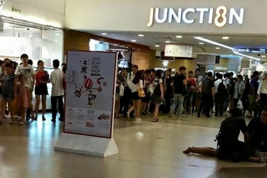 Police arrested a man in his 20s on Monday night (June 8), following a scuffle at Junction 8 shopping centre in Bishan. -- PHOTO: ST READER