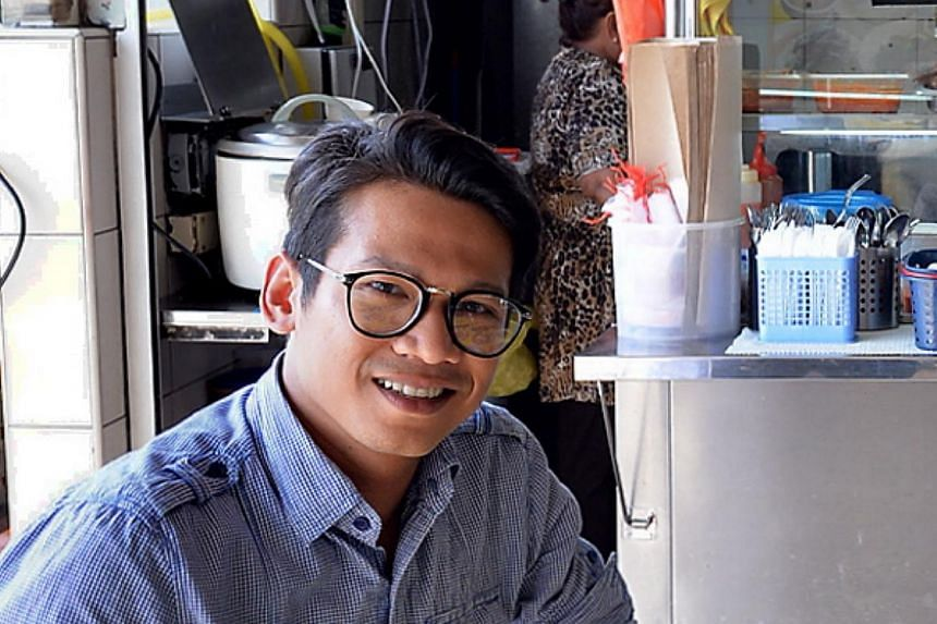 Local singer-actor Ashmi Roslan died on Wednesday (June 10) at age 34. He is believed to have suffered a heart attack. -- PHOTO: BH FILE