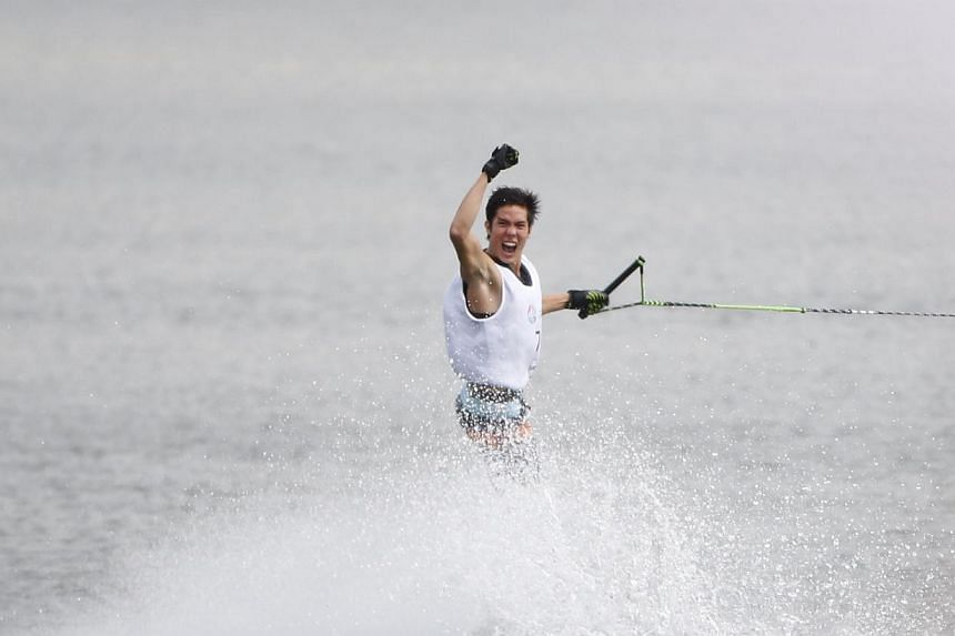 Singapore's Mark Leong in the SEA Games water-ski men's slalom final at the Bedok Reservoir on June 13, 2015. -- ST PHOTO: KEVIN LIM