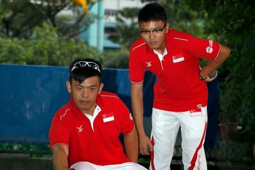 It was another early exit for Singapore's petanque players as the mixed triples side of Cheng Zhi Ming, Goh Wee Teck and Sheryl Sim failed to qualify for the semi-finals on Saturday morning. -- ST PHOTO:MARCUS LIM