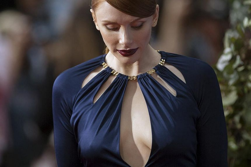 Cast member Bryce Dallas Howard attends the premiere of Jurassic World in Hollywood, California. -- PHOTO: REUTERS