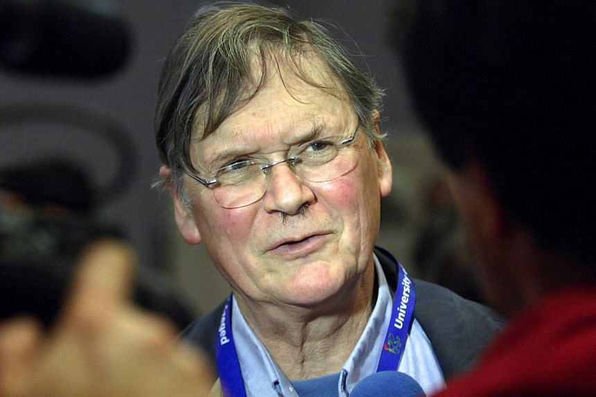 A file photograph taken on March 22, 2012 shows English biochemist and Nobel Prize laureate in 2011, Sir Richard Timothy Hunt at the Jozsef Attila Study and Information Centre of Szeged Sciences University in Szegede, during an international conferen