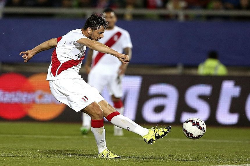 Claudio Pizarro finally settled the match in favour of Peru after Venezuela had provided stiff resistance despite having one player sent off.