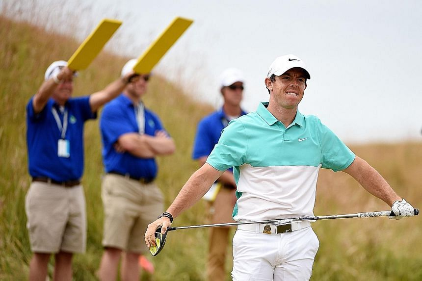 Golf's world No. 1 Rory McIlroy was left frustrated by the bumpy greens at Chambers Bay after he missed several putts. The Northern Irishman carded a two-over 72 in the opening round of the 115th US Open on Thursday.
