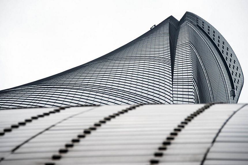 This picture taken on May 8, 2015 shows a view looking up of the new Shanghai Tower, which is still under construction.
