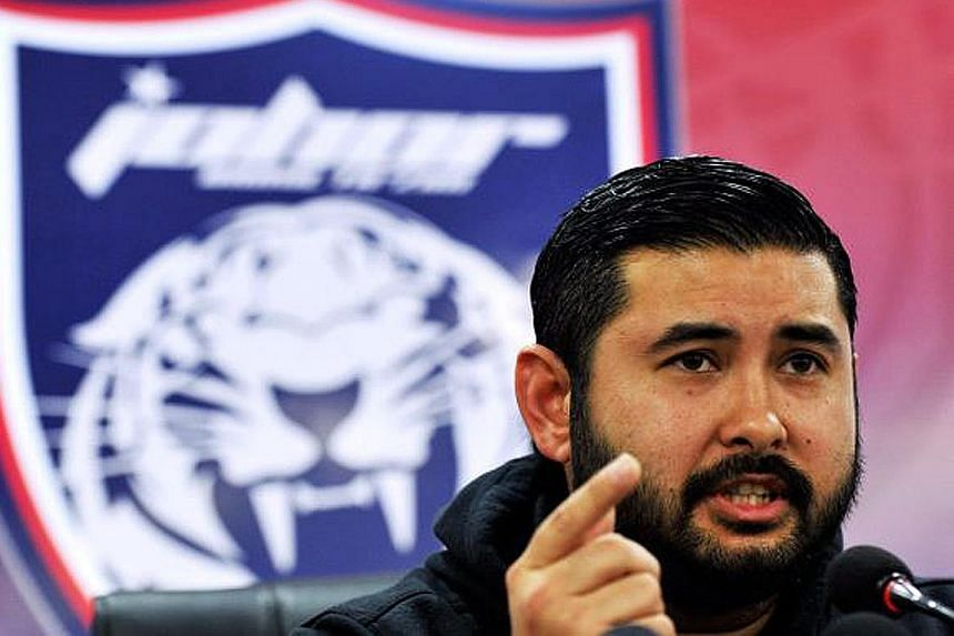 """Tunku Ismail Sultan Ibrahim seemed to accuse Mr Najib Razak of having """"everything to hide"""" in a Facebook post."""