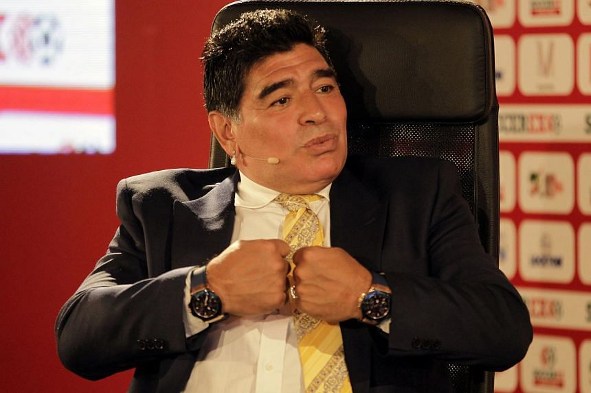 Argentinian football great Diego Maradona has decided to stand as a candidate for the Fifa presidency to replace Sepp Blatter.