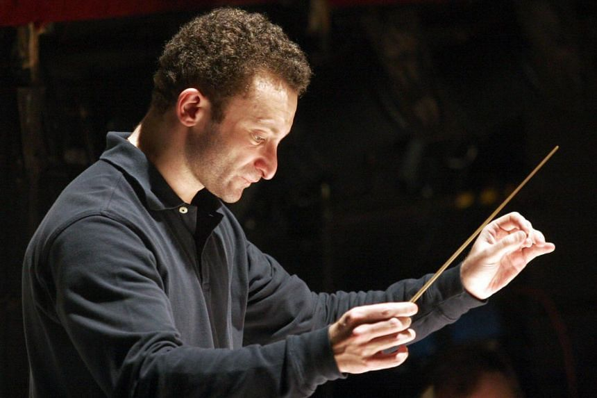 Russian conductor Kirill Petrenko, who is notoriously media-shy, will take over from Briton Sir Simon Rattle in 2018.