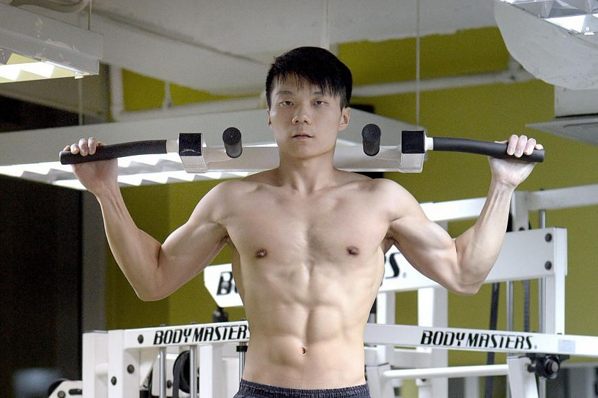 To break the record for most pull-ups in a minute, Mr Yeo Kim Yeong, 25, trained four times a week, up to three hours a day, even when he was not feeling well. In the future, he plans to break more pull-up records