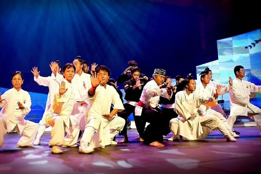 Taiji practitioners from the Wudang Sheng Hong Health Preservation Centre and silat practitioners from Perguruan Sim Putih at a rehearsal for their SG50 concert.