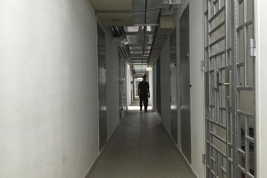 A common corridor in Pasir Ris One.