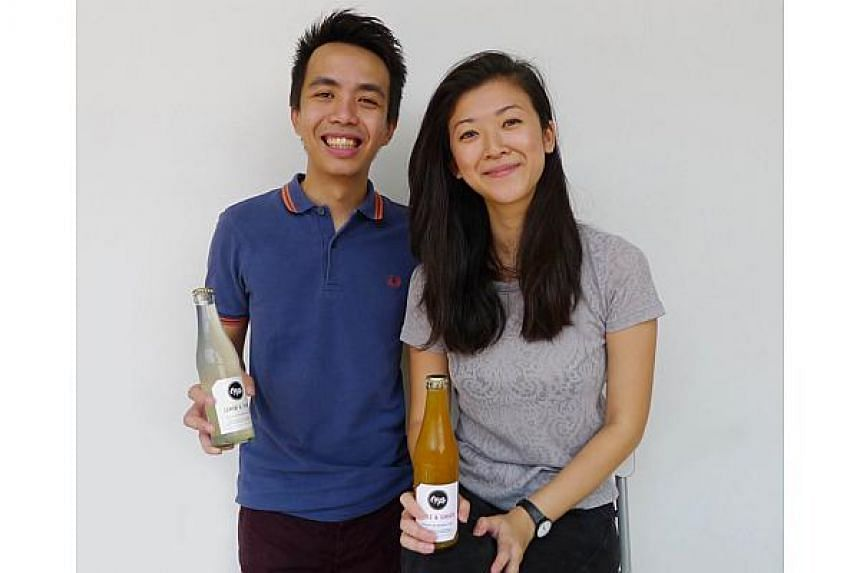 Citizen Pop's Mr Edwin Lim and Ms Imelda Mo (both above) want to let people know that there can be healthy alternatives to regular soft drinks.