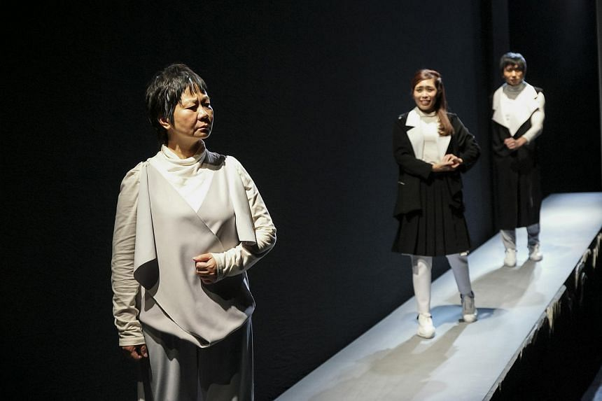 From left to right, actors Jalyn Han, Jodi Chan and Yeo Kok Siew re-enact a scene from a play commissioned by the PAP, The Return (1967), by Wang Li. A production image from Upstage by Toy Factory Productions.