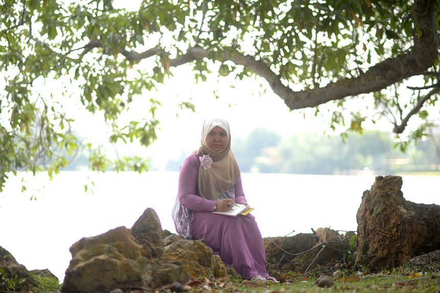 Ms Yohanna, who was diagnosed with bipolar disorder more than 15 years ago, says medication and the support of loved ones have helped her to manage the condition.