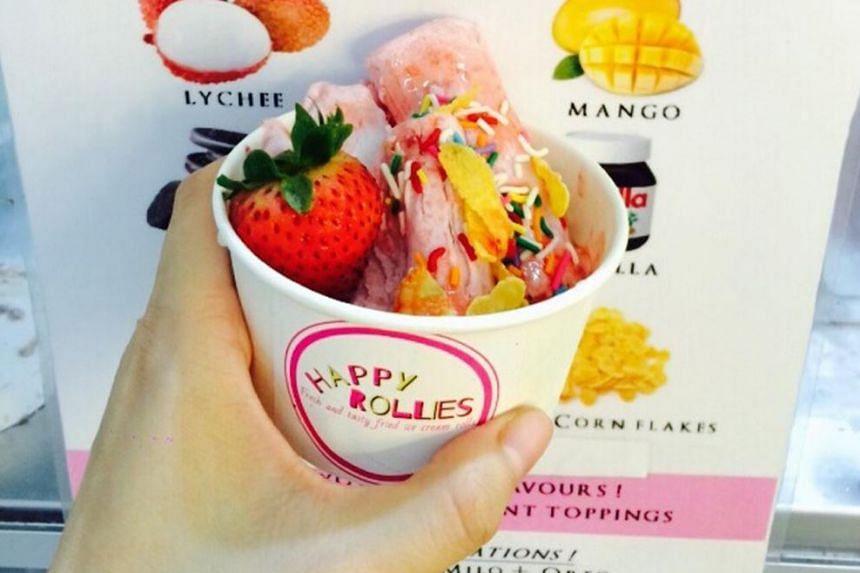 Fried ice-cream rolls. -- PHOTO: LIM YAOHUI FOR THE STRAITS TIMES